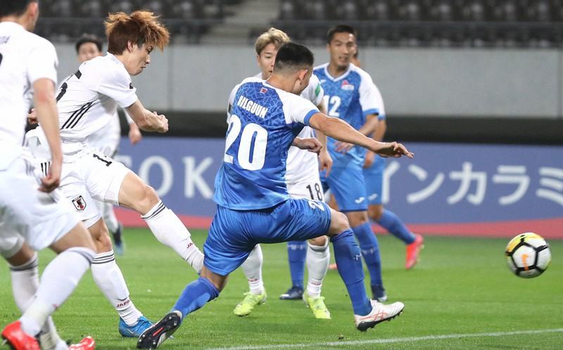 サッカー/闘うモンゴルの選手たち